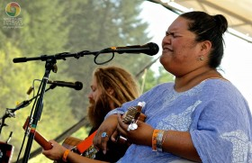 Mike Love & Paula Fuga Performing at the 2012 Northwest World Reggae Festival