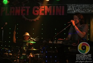 Indubious Performing at the Official Cali Roots After Party at Planet Gemini