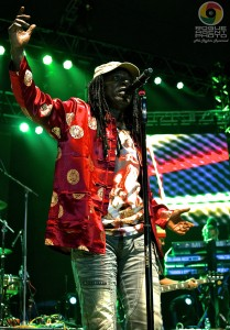Alpha Blondy - Sunday Night